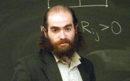 Grigori Perelmán el matemático ex-soviético mas relevante del siglo XXI. 111