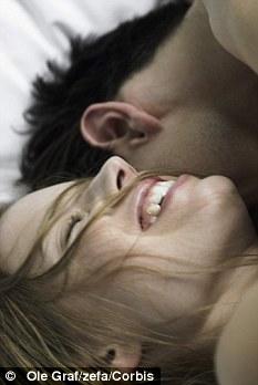 Hombre queda ciego cuando tiene relaciones sexuales.