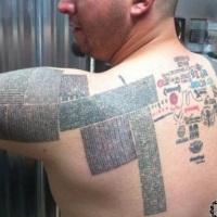 Quiere tener 100.000 URL tatuados en su cuerpo