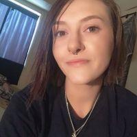 Foto policial muestra cómo el abuso de drogas ha cambiado la cara de una adolescente